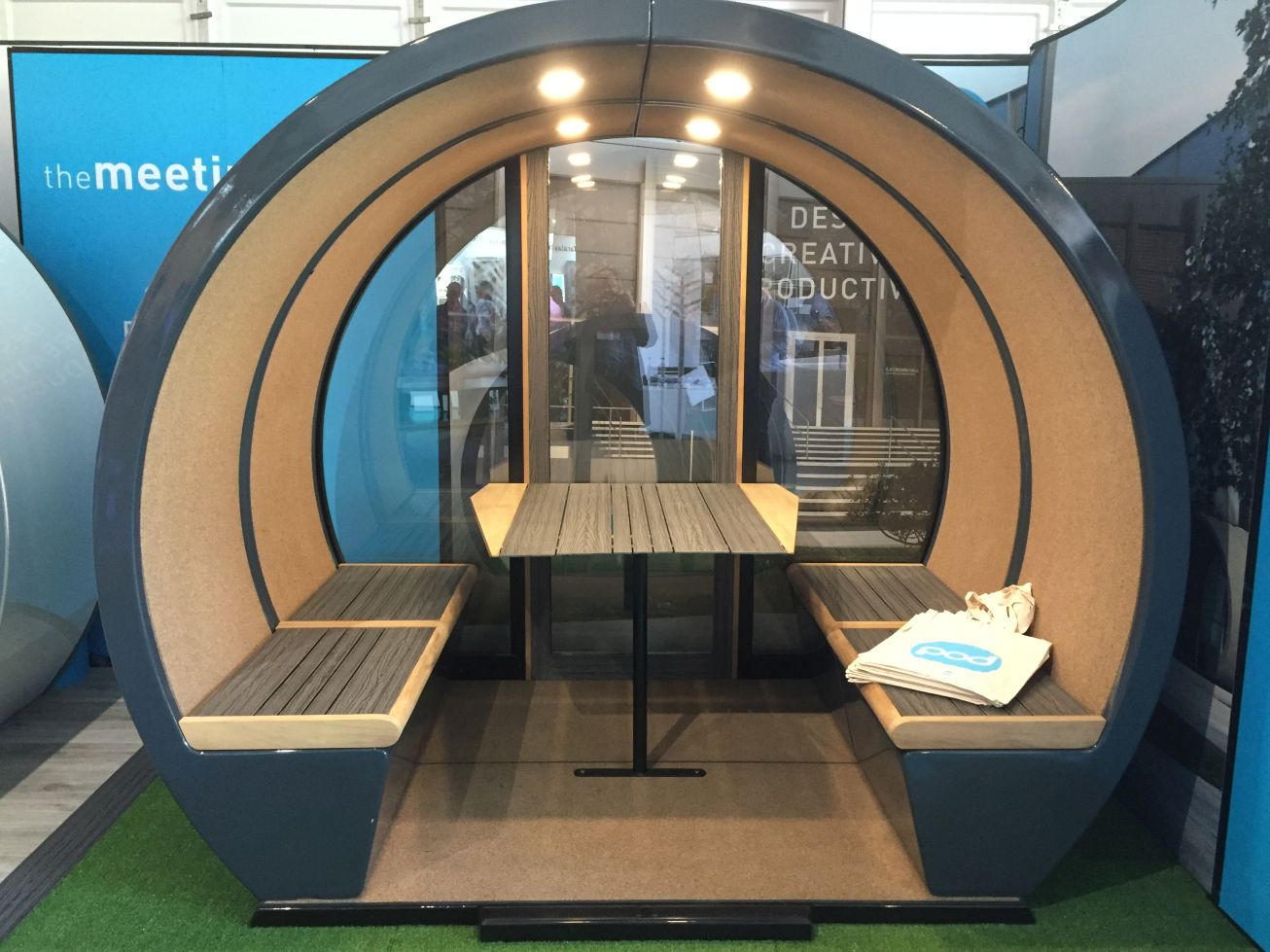 Meeting Pod Co